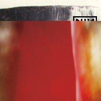 Přední strana obalu CD The Fragile