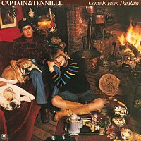 Captain & Tennille – Come In From The Rain