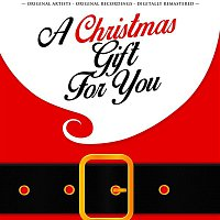 Nat King Cole – A Christmas Gift for You