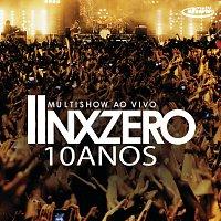 Přední strana obalu CD Multishow Ao Vivo NX Zero 10 Anos