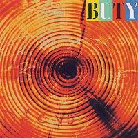 Buty – Drevo
