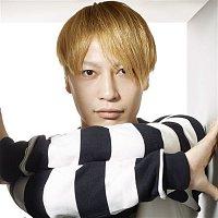 Yasutaka Nakata – Crazy Crazy (feat. Charli XCX & Kyary Pamyu Pamyu)