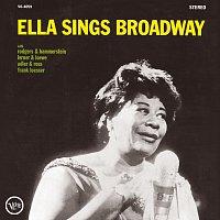 Přední strana obalu CD Ella Sings Broadway