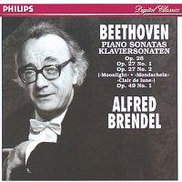 """Přední strana obalu CD Beethoven: Sonatas Op.26, Op.27 No.1, Op.27 No.2 """"Moonlight"""" & Op.49 No.1"""