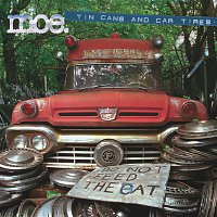 Moe – tin cans & car tires