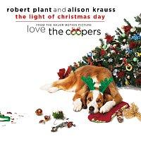 """Přední strana obalu CD The Light Of Christmas Day [From """"Love The Coopers"""" Soundtrack]"""