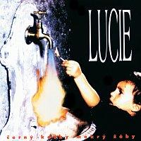 Lucie – Cerny kocky mokry zaby