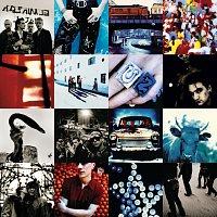 Přední strana obalu CD Achtung Baby