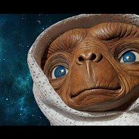 Přední strana obalu CD E.T. Phone home
