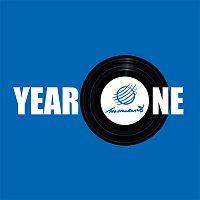 Přední strana obalu CD Year One