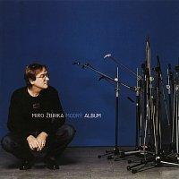 Přední strana obalu CD Modry album
