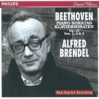 Přední strana obalu CD Beethoven: Piano Sonatas Nos.5, 6 & 7