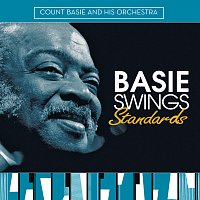 Přední strana obalu CD Basie Swings Standards