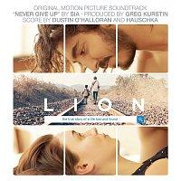 Dustin O'Halloran & Hauschka – Lion (Original Motion Picture Soundtrack)