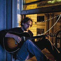 Hayes Carll – Grateful For Christmas
