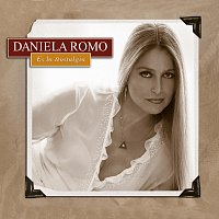 Daniela Romo – Es La Nostalgia