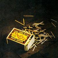 Přední strana obalu CD Malé písně do tmy
