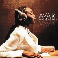 Ayak Thiik – Voices In My Head