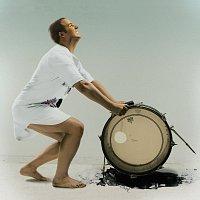 Přední strana obalu CD Drum