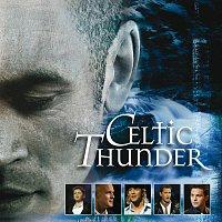 Přední strana obalu CD Celtic Thunder The Show