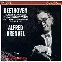 "Přední strana obalu CD Beethoven: Piano Sonatas Opp.7 & 28 ""Pastoral"" & 49 No.2"